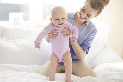 Ajude seu filho a dar seus primeiros passos