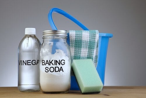 Produtos de limpeza: fórmulas para fazer os seus