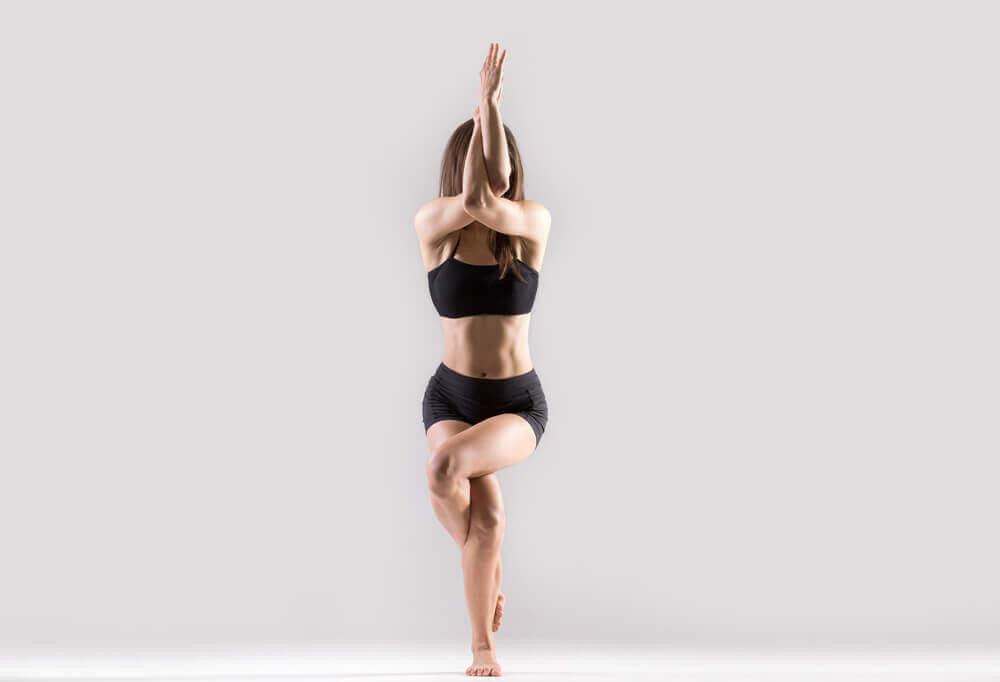 Yoga para tonificar glúteos e pernas