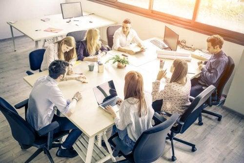 O bem-estar nas empresas e o trabalho em equipe
