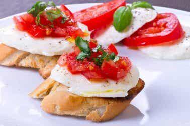 6 cafés da manhã veganos que você vai gostar de experimentar