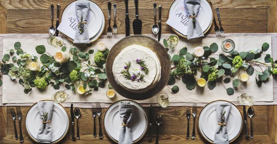 Caminho de mesa: 4 maneiras simples de fazê-lo
