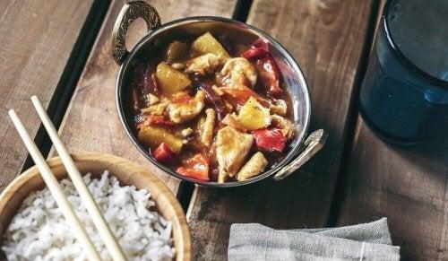 Frango agridoce ao estilo chinês: deliciosa receita!