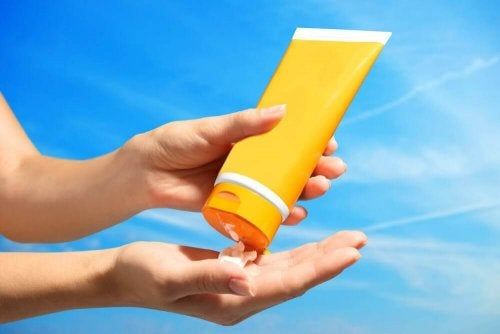 Fator de proteção solar adequado para sua pele