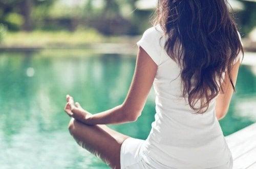 O que levar em conta ao praticar ioga?