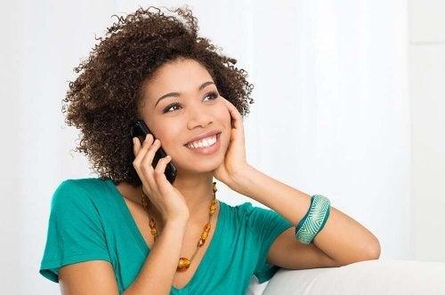 Uma pessoa comprometida gosta de você se liga quando está mal com o parceiro
