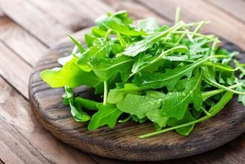 5 alimentos saudáveis e com poucas calorias para sua dieta