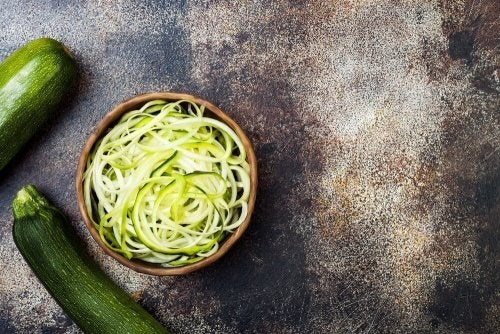 Receitas com vegetais da estação: espaguete de abobrinha