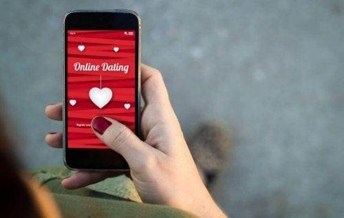 7 perigos dos apps de relacionamento