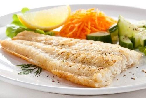 Alimentos para engravidar que você deve testar: pescado azul