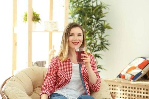 Benefícios do chá vermelho para emagrecer