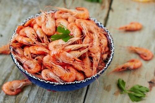 Receita de macarrão salteado com ostras e lagostins