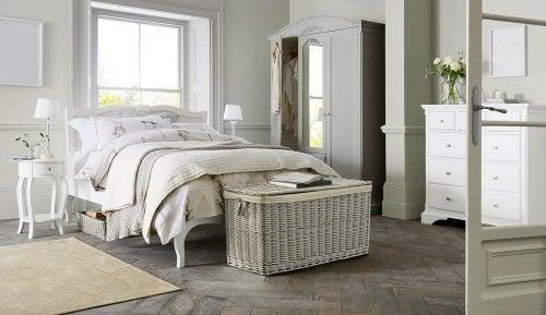 Pés funcionais e decorativos para camas: conheça-os!