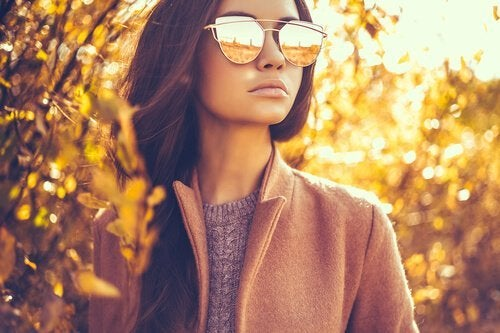 Óculos de sol protegem os olhos contra poeira e partículas
