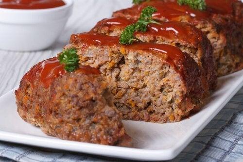 Rocambole de carne delicioso