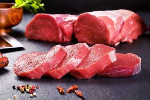 Corte de carne para o filé de vitela à milanesa