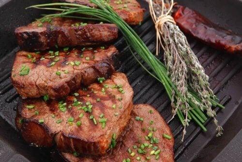 Prepare um delicioso filé de vitela à milanesa