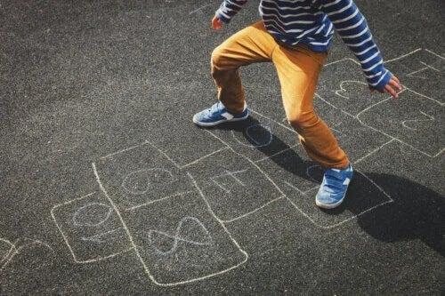5 brincadeiras para crianças sem usar tecnologia
