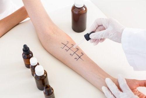 Teste de sensibilidade na pele