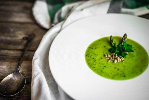 Gaspacho de aspargo verdes: saborosa receita!