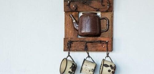 Pode reutilizar utensílios velhos fazendo enfeites