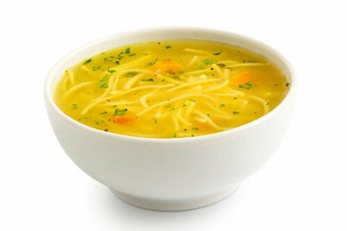 Sopa de macarrão