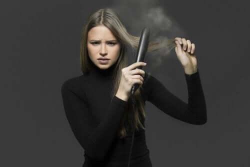 Como alisar o cabelo sem chapinha: 4 remédios que você deve conhecer