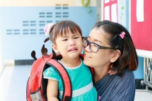 Ao começar a escola, não faça uma longa despedida