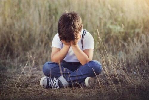 Ensine a uma criança o que fazer caso ela se perca