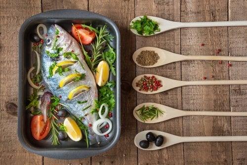 Peixe feito com métodos de cozimento saudáveis