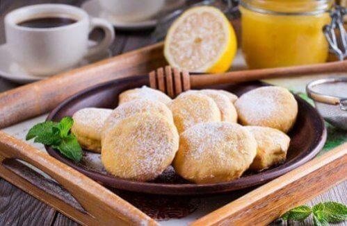 Biscoitos de nata muito fáceis de preparar