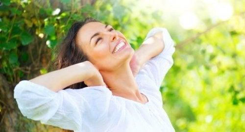 5 remédios naturais para recuperar o cabelo maltratado