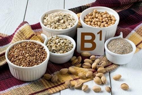 Os cereais são ricos em vitaminas do complexo B, entre outros