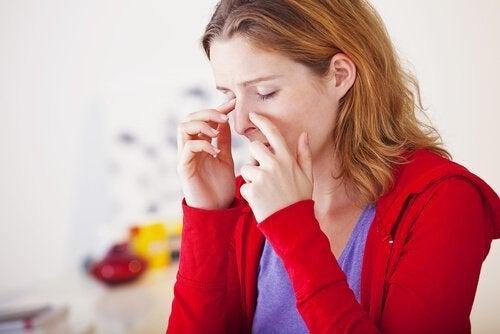 Chá de hortelã para combater a sinusite