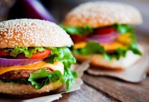 Hambúrguer de frango com alto teor de proteína
