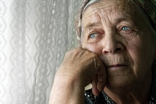 Sair um pouco de casa é necessário para evitar demência