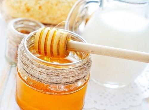 Usos do mel para problemas bucais