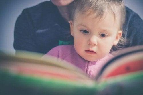 Método Doman para começar a ler cedo