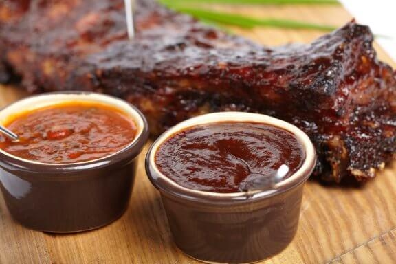 3 receitas de molho barbecue para sua carne