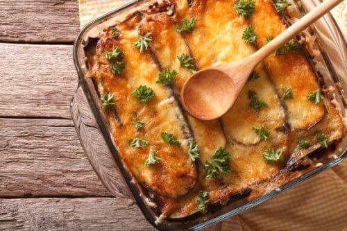 Aprenda a fazer mussacá grega com esta receita fácil