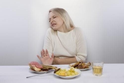 Para aliviar a gastrite evite certos alimentos