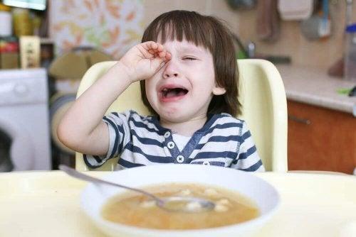 O que fazer quando as crianças não querem comer