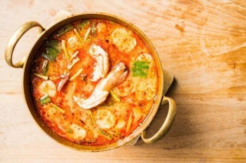 Receita caseira de sopa de frutos do mar fácil de preparar