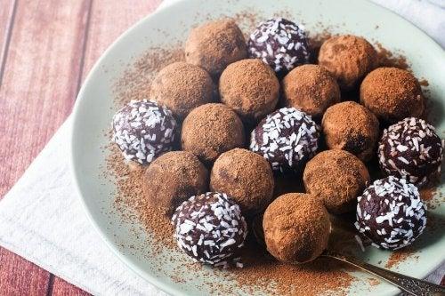 Deliciosas trufas de chocolate de baixa caloria