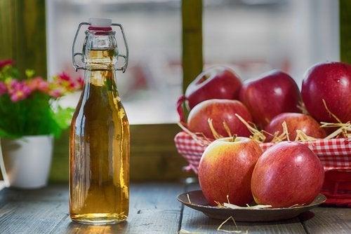 Vinagre de maçã contra a faringite