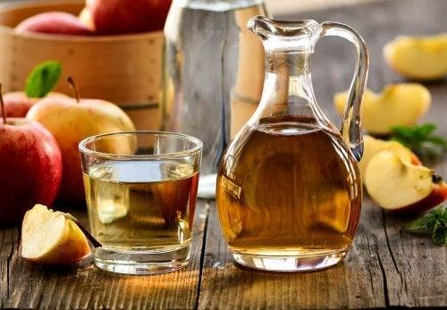 Vinagre de maçã para acalmar a urticária