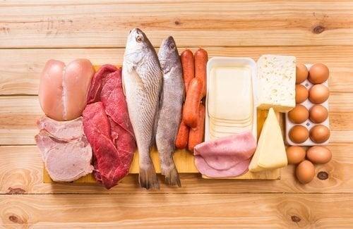 Alimentos frescos como carne e peixe, ou frutas e verduras não contêm glúten.