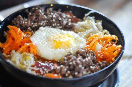 Passo a passo do arroz coreano ou Bibimbap