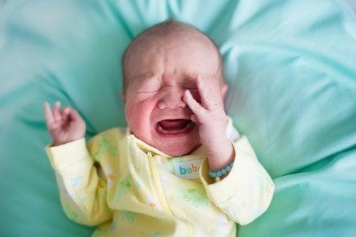 Bebê com prisão de ventre