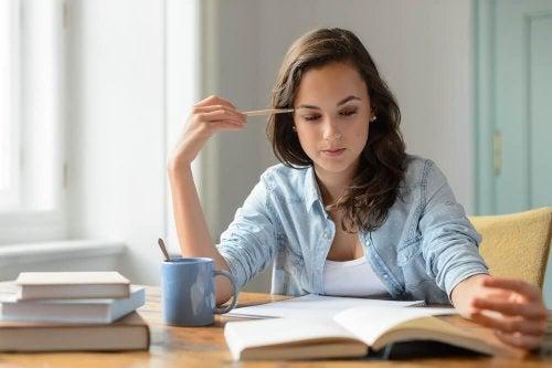 Beber café ajuda a se concentrar